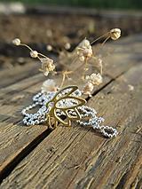Náhrdelníky - Zlatý lotosový kvet - 11953959_