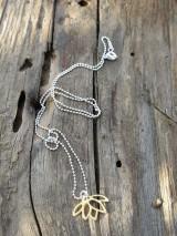 Náhrdelníky - Zlatý lotosový kvet - 11953960_