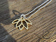 Náhrdelníky - Zlatý lotosový kvet - 11953963_