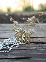 Náhrdelníky - Zlatý lotosový kvet - 11953967_