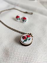 "Sady šperkov - Vyšívaný set náušničky a náhrdelník ""Vlčie maky"" - 11950099_"
