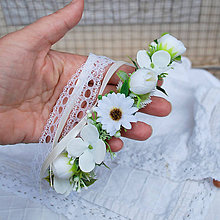 Ozdoby do vlasov - Venček s margarétkami, iskerníkmi a lístkami, na svadbu, prijímanie, biely, krémový - 11956687_