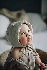 Detské čiapky - Detský čepček béžový (0-2 mesiace) - 11957050_