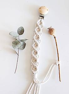 Detské doplnky - makramé držiak na cumlík  (natural klip s dúhovo-bielou šnúrkou) - 11958105_