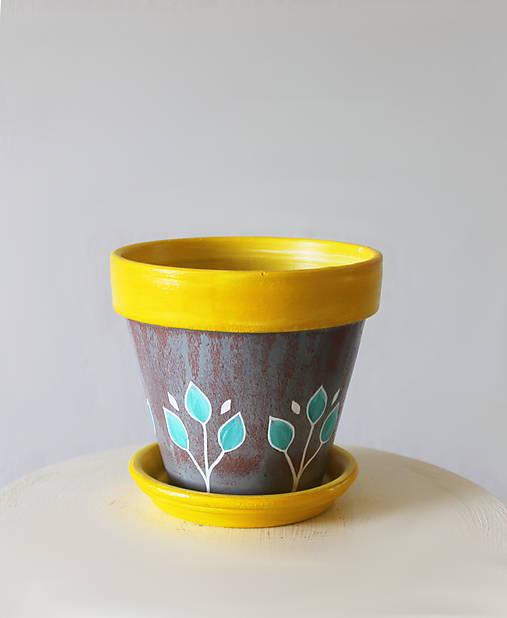 Terakotový kvetináč - Žlto-sivý