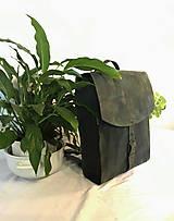 Batohy - Kožený batoh - zelený farbený - 11955382_