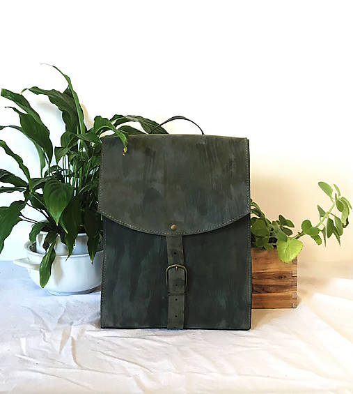 Kožený batoh - zelený farbený