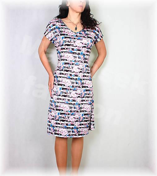 Šaty vz.530
