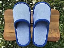 Obuv - Papuče s modrým lemom - 11959933_