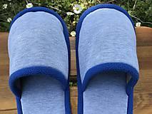 Obuv - Papuče s modrým lemom - 11959934_