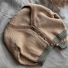 Detské oblečenie - Sveter Amélia camel/brown/green - 11960223_