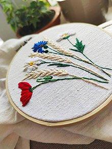 """Dekorácie - Vyšívaný obrázok """"Kvety v obilí"""" - 11962028_"""