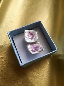 Náušnice - napichovacie štvorčeky s fialovým/keramika/ - 11966454_