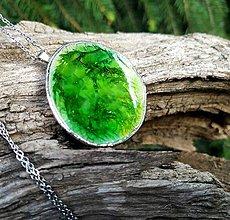 Náhrdelníky - Keramický šperk zo sklom  - Zelené pleso - 11967645_