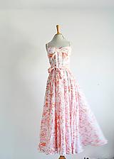 Šaty - Krešované bavlnené kvetované šaty  - 11970855_