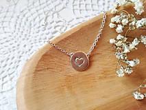Náhrdelníky - Strieborný náhrdelník srdce - 11972696_