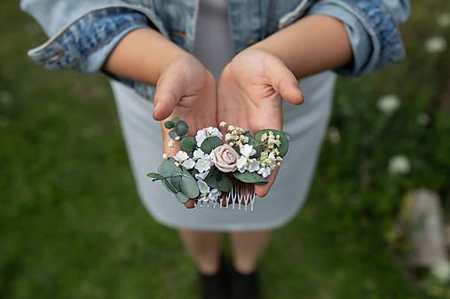 """Kvetinový hrebienok """"cez tvoje dlane"""""""