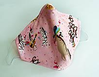 Ochranné rúško 3-vrstvové - magický ružový cirkus