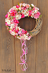 Dekorácie - Ružový veniec - 11975312_