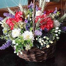 Dekorácie - Košík polných kvetov. - 11982464_