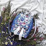 Batohy - Ruksak CANDY backpack - modrá s potlačou maľovaných kvetov - 11980099_