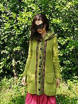 Svetre/Pulóvre - Vlnený sveter, kabátik – Zelená lúka - 11980950_