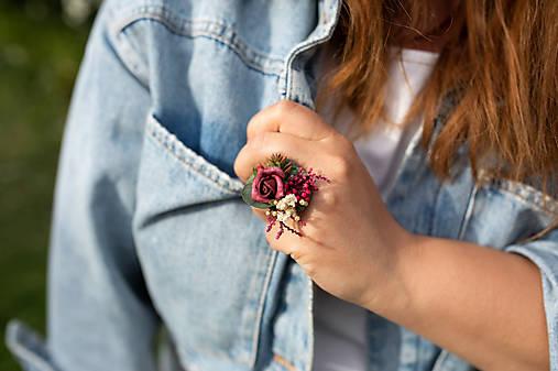 """Kvetinový prstienok """"v lese po zotmení"""""""