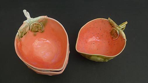 šálka jahoda oranžovo jahodová