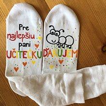 Obuv - Maľované pestrofarebné ponožky pre PANI UČITEĽKU mravčekov (1) - 11990056_