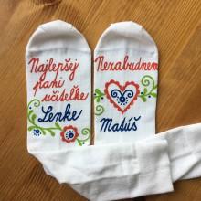 Obuv - Maľované ponožky pre naj PANI UČITEĽKU (Folk + meno/ Nezabudnem...meno) - 11990083_