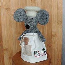 Dekorácie - Plstená myška s ľanovou zásterou - ovocie - 11988952_
