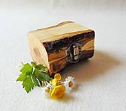 Krabičky - Drevená krabička na prsteň Čarovné polienko - 11994488_