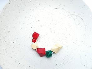 Náhrdelníky - Červeno zelený náhrdelník GEO RED - 11994669_