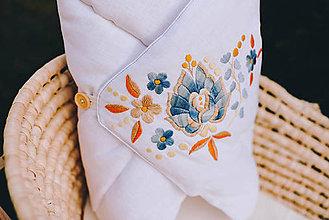 Textil - Vyšívaná ľanová zavinovačka modrá - 11999526_
