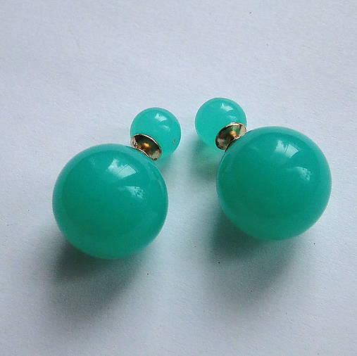 Dvojité perlové náušnice 16mm (zelená mint)