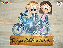 Tabuľky - Menovka - dvojica na motorke - 11996901_