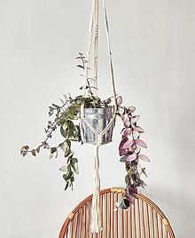 Dekorácie - Makramé závesný držiak na kvety IVY - 11996756_