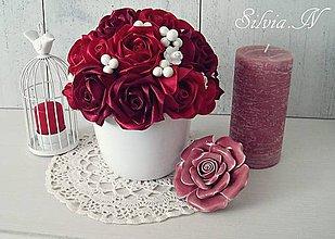 Dekorácie - Ruže v červenej farbe. - 12000224_