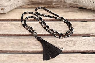 Náhrdelníky - Náhrdelník so strapcom a minerálmi - 11996834_