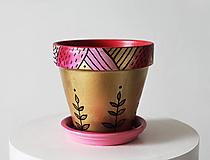 Nádoby - Terakotový kvetináč - Golden sweet - 12002078_
