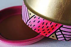 Nádoby - Terakotový kvetináč - Golden sweet - 12002080_