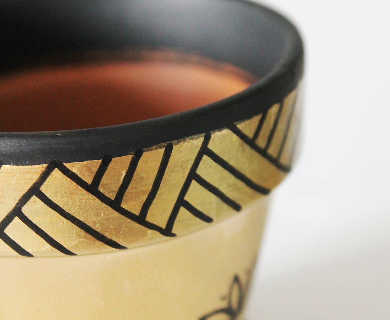 Terakotový kvetináč - Zlato-čierny