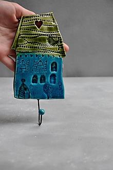Nábytok - vešiak dom tyrkysovo zelený - 12001540_