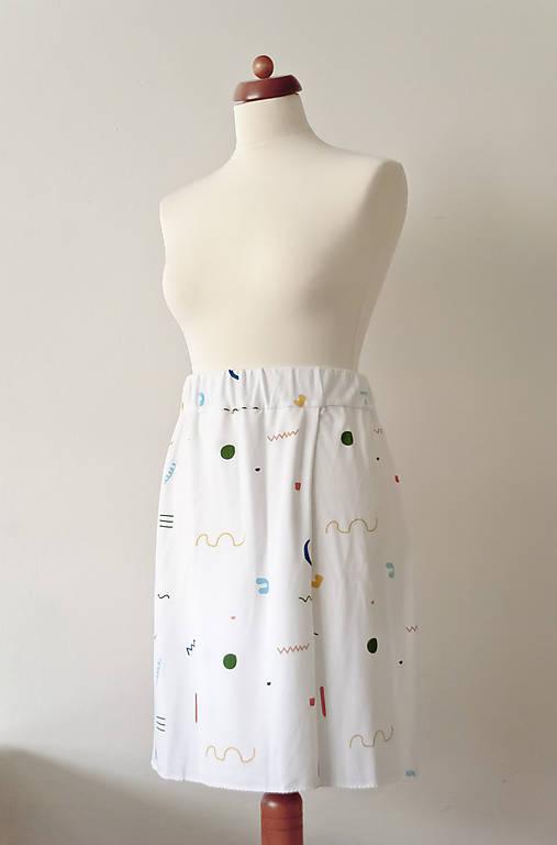 Krátka sukňa z tenclu