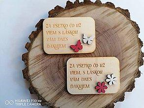 Magnetky - Drevená magnetka s drevenými ozdobami pre učiteľky - 12008100_