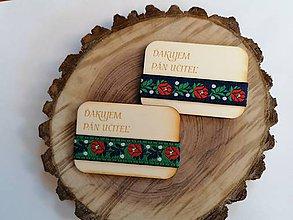 Magnetky - Drevená magnetka s krojovkou pre učiteľa alebo učiteľky - 12008117_