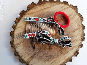 Ozdoby do vlasov - Folklórny set _ozdoby do vlasov biele červene srdce aj pre učiteľky - 12009056_