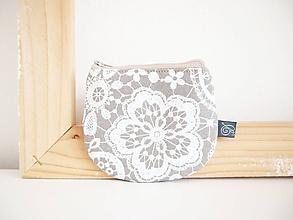 Peňaženky - Peňaženka - krajka na béžovej - 12012595_