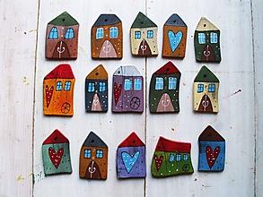 Drobnosti - Maľované drevené gombíky - domčeky - 12012406_