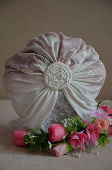 Detské čiapky - Čiapka turban  (univerzálna obvod hlavy 46 cm po natiahnutí 55 cm - Biela) - 12014288_